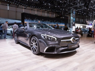 GIMS Premieres Mercedes Benz SL 500 Grand Edition