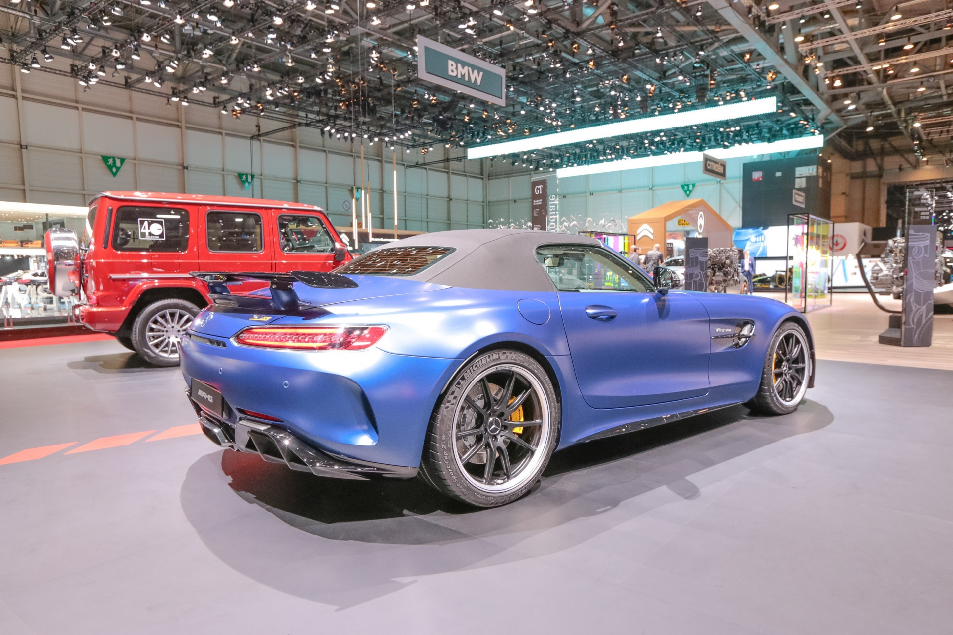 Mercedes-AMG-GT-R-Roadster-2019-GIMS
