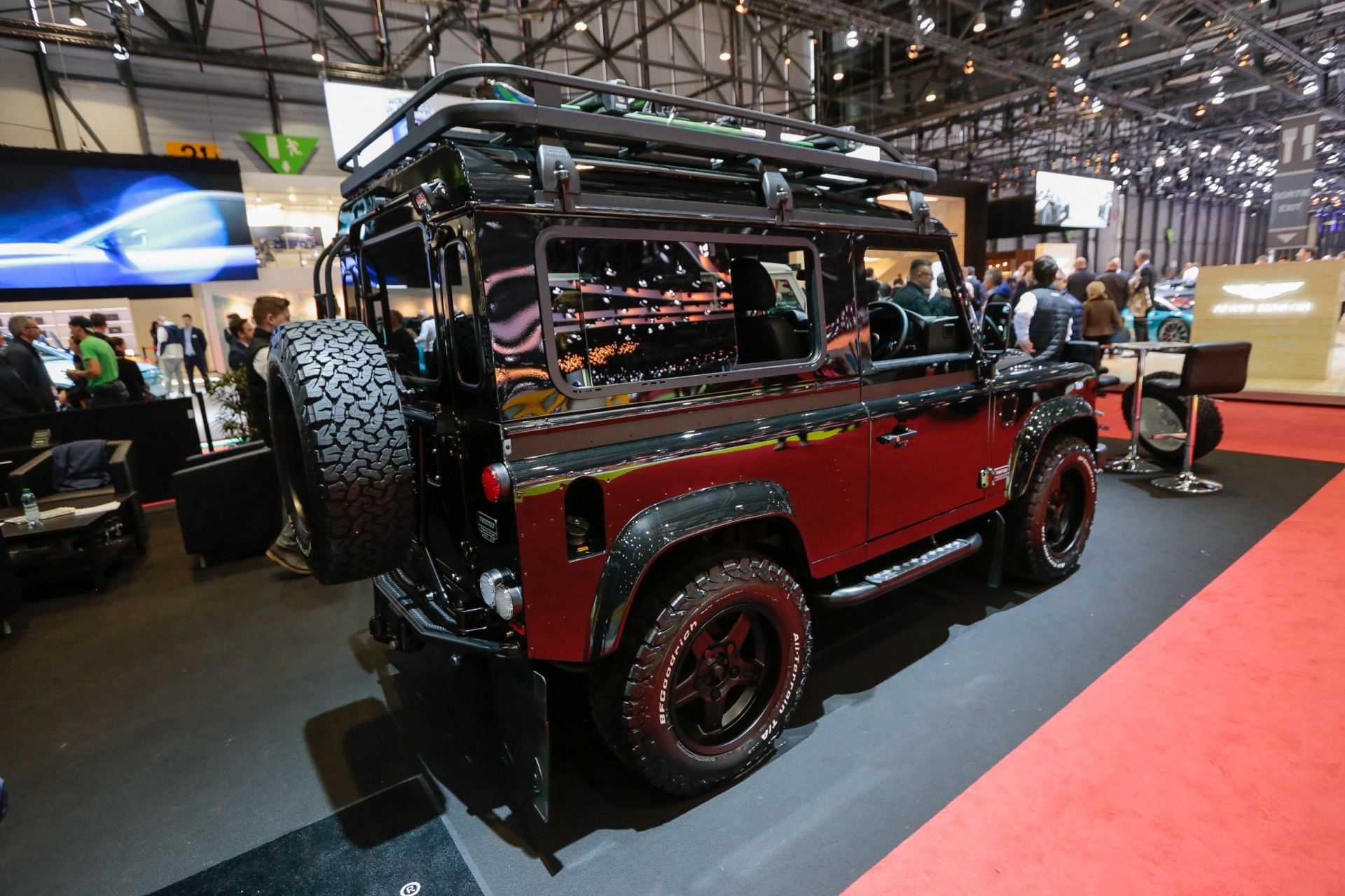 GIMS Premieres Twisted Land Rover Defender