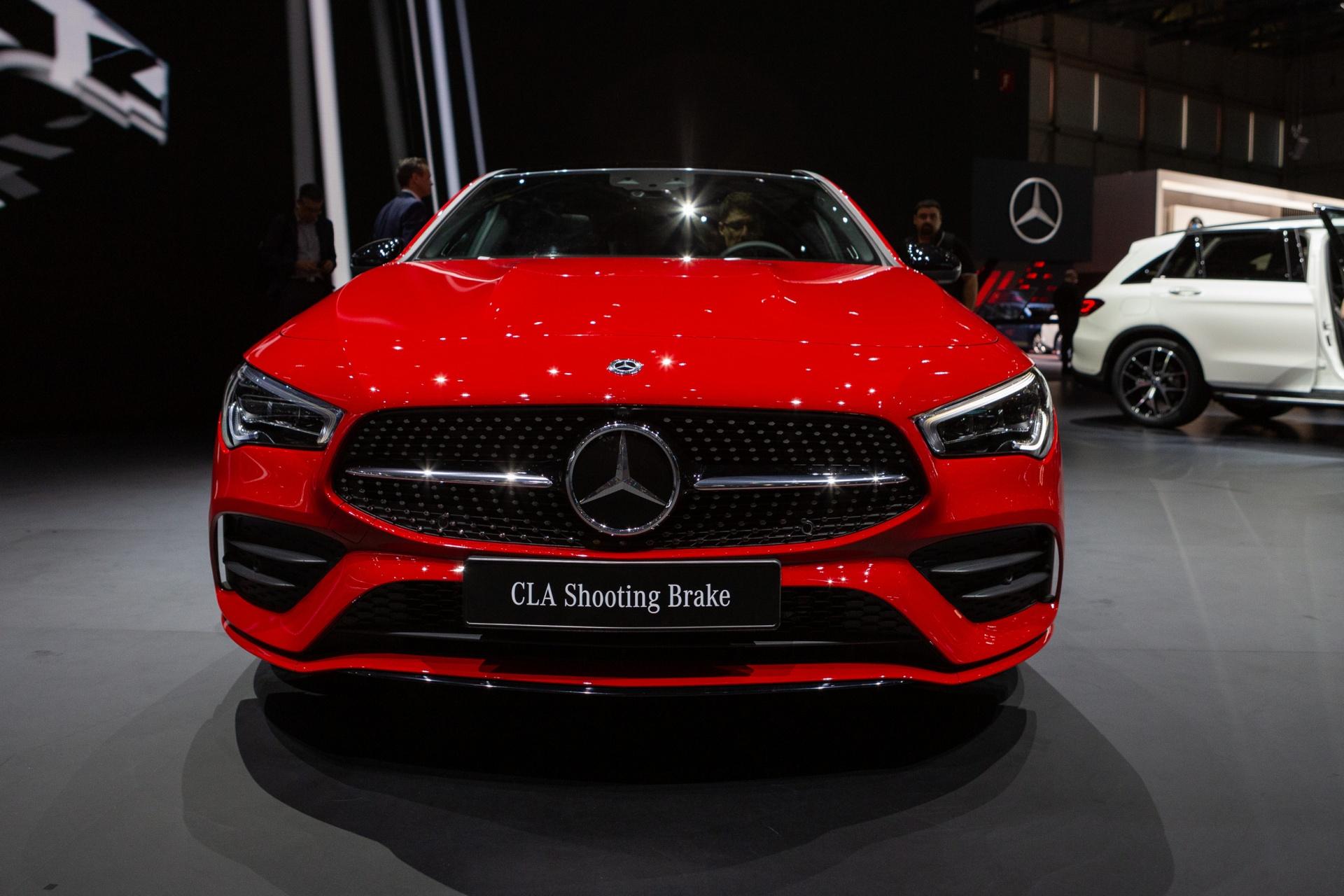 GIMS Premieres mercedes Benz-CLA 250 Shooting Brake